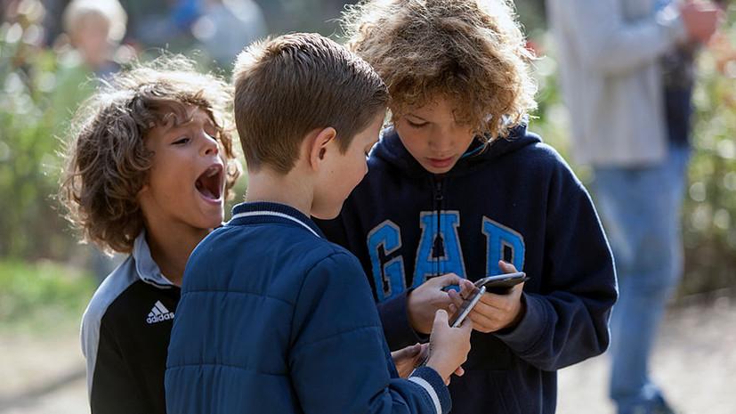 детей зарубежом научат русскому языку с помощью приложения со «Смешариками»