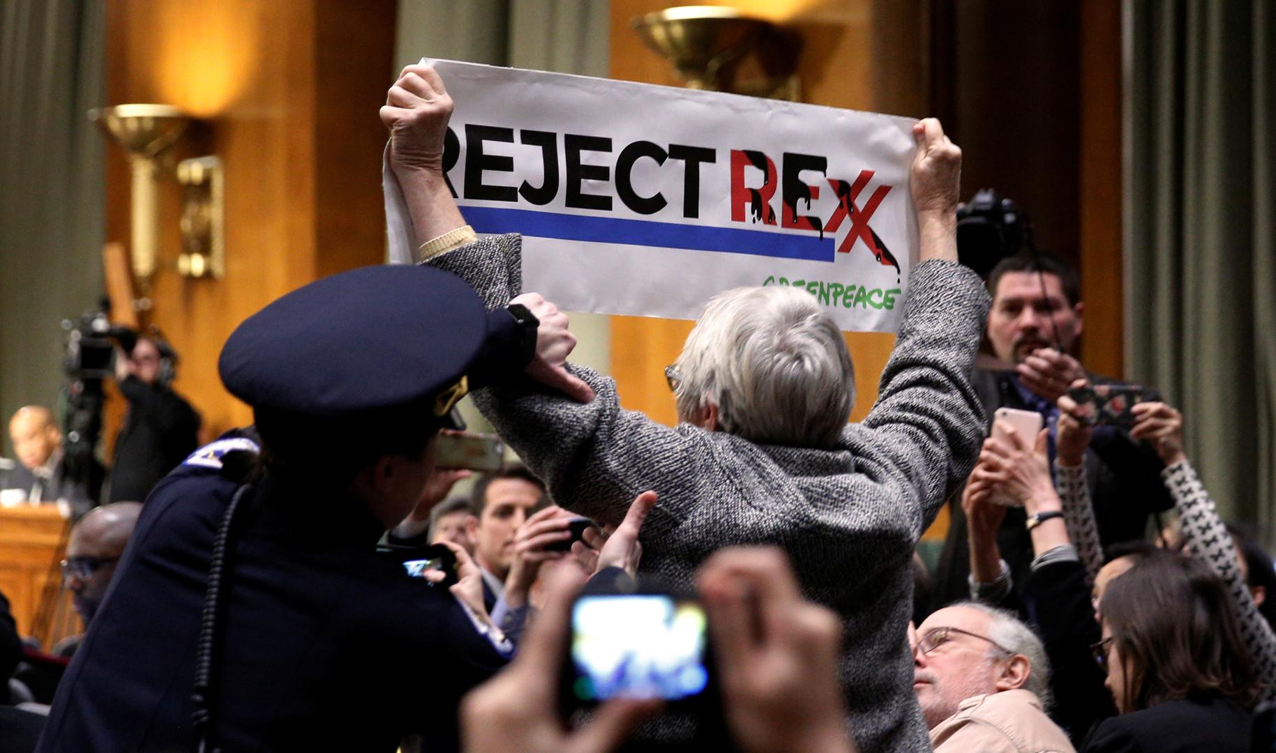 Ти-Рекс в команде Трампа: что значат антироссийские выпады Тиллерсона
