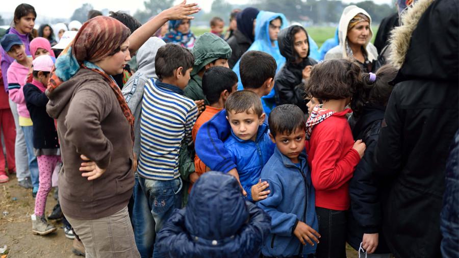 Следующая остановка — Белоруссия: высланных из ЕС беженцев примет Минск