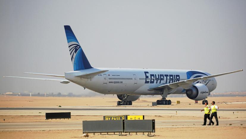 «Непрямая связь»: причиной крушения самолёта EgyptAir могли стать гаджеты в кабине пилота