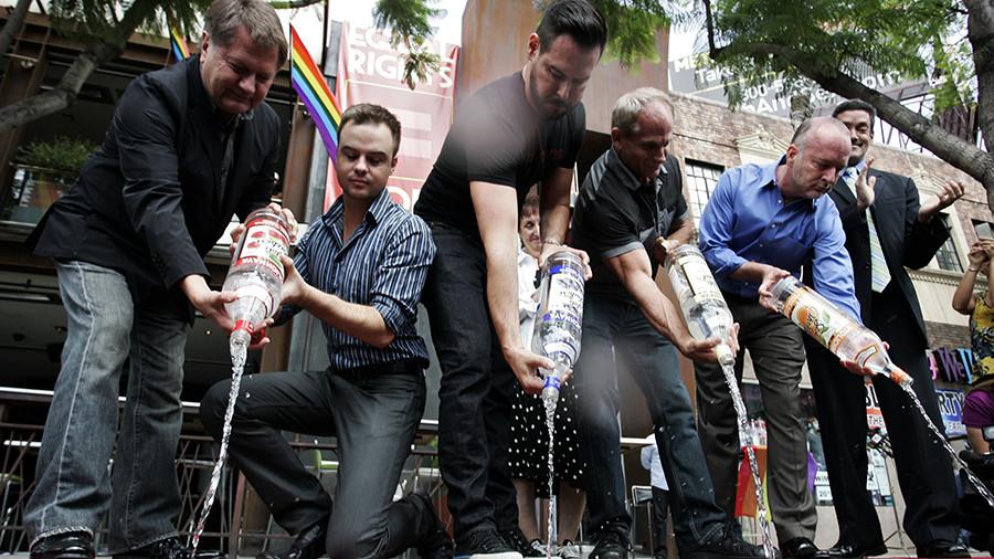 штат США может потерять миллионы из-за запрета на русскую водку