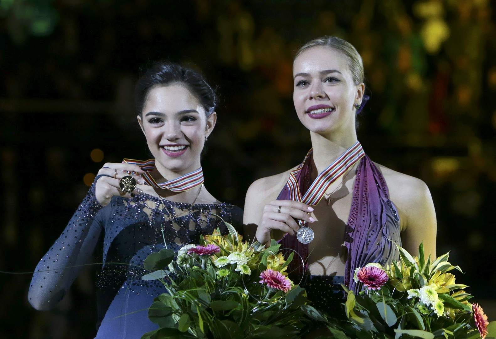 Безупречная: Медведева побила рекорды мира на чемпионате Европы по фигурному катанию