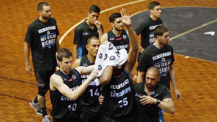 Не для слабонервных: выбитый глаз и другие жуткие травмы в истории баскетбола