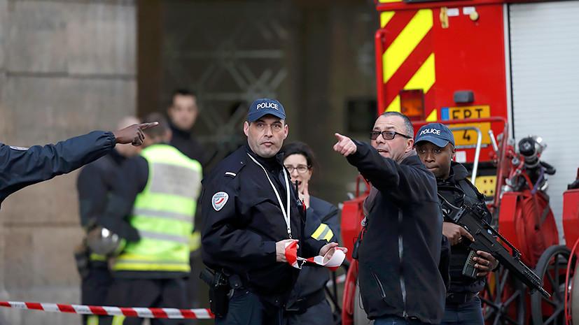 неизвестный атаковал военный патруль у Лувра