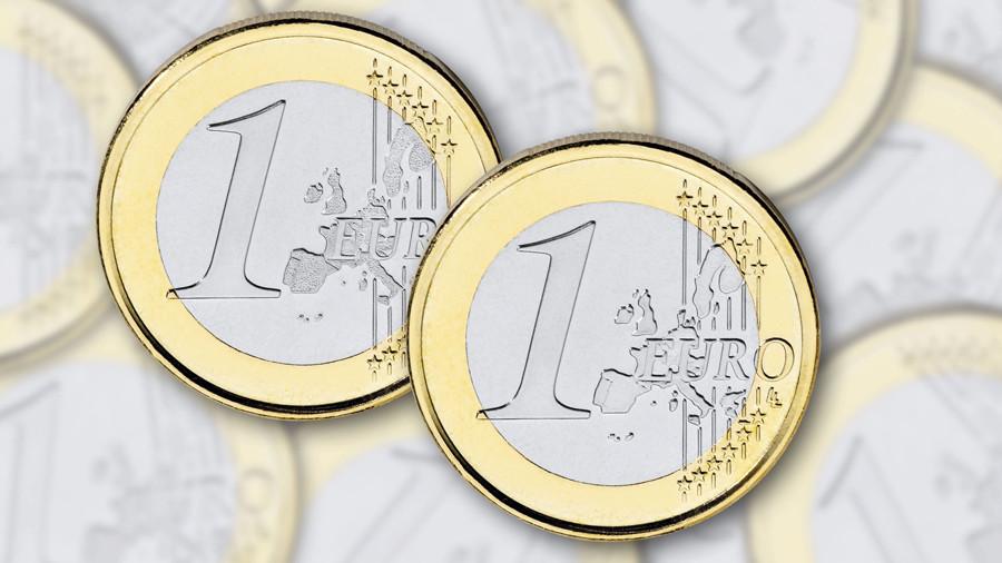 Проявил слабость: курс евро приближается к значениям двухгодичной давности