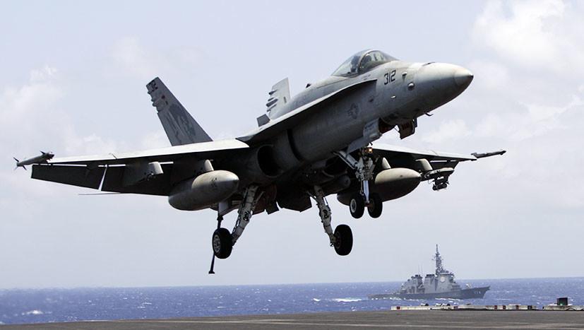 Прикованы к земле: почему США испытывают трудности с палубной авиацией