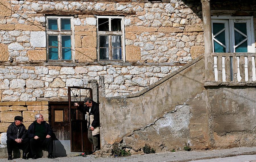 «Можно ждать провокаций»: к чему приведёт новый конфликт косовских албанцев с сербами
