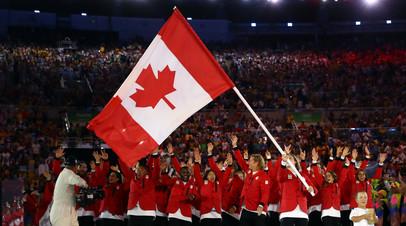 Сборная Канады на церемонии открытия летних Олимпийских игр 2016 года в Рио-де-Жанейро