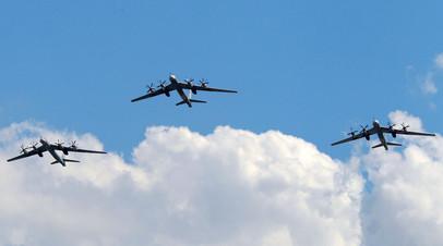 Ракетами по террористам: российские бомбардировщики ликвидировали базы ИГ в Ракке