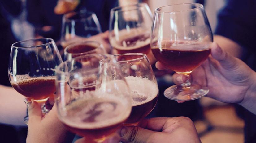 Учёные назвали причину алкоголизма