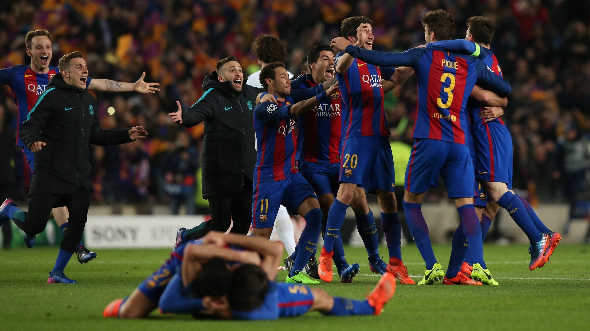 Так не бывает, это фантастика: «Барселона» отыгралась с 0:4 и прошла ПСЖ в 1/8 финала ЛЧ