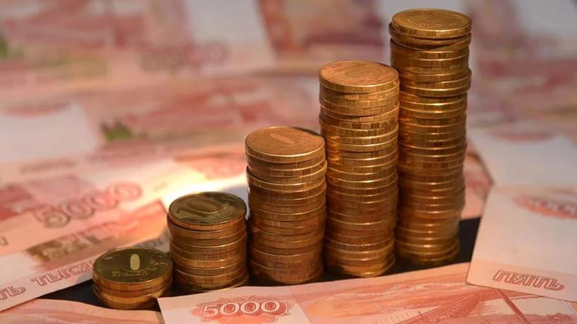 Баррель поддержал рубль: цены на нефть вернули курс доллара США к уровню июля 2015 года