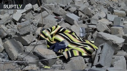 В Мосуле после авиаудара коалиции под завалами домов остаются мирные жители