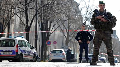 Атака на валютный фонд: Олланд назвал взрыв в парижском отделении МВФ терактом