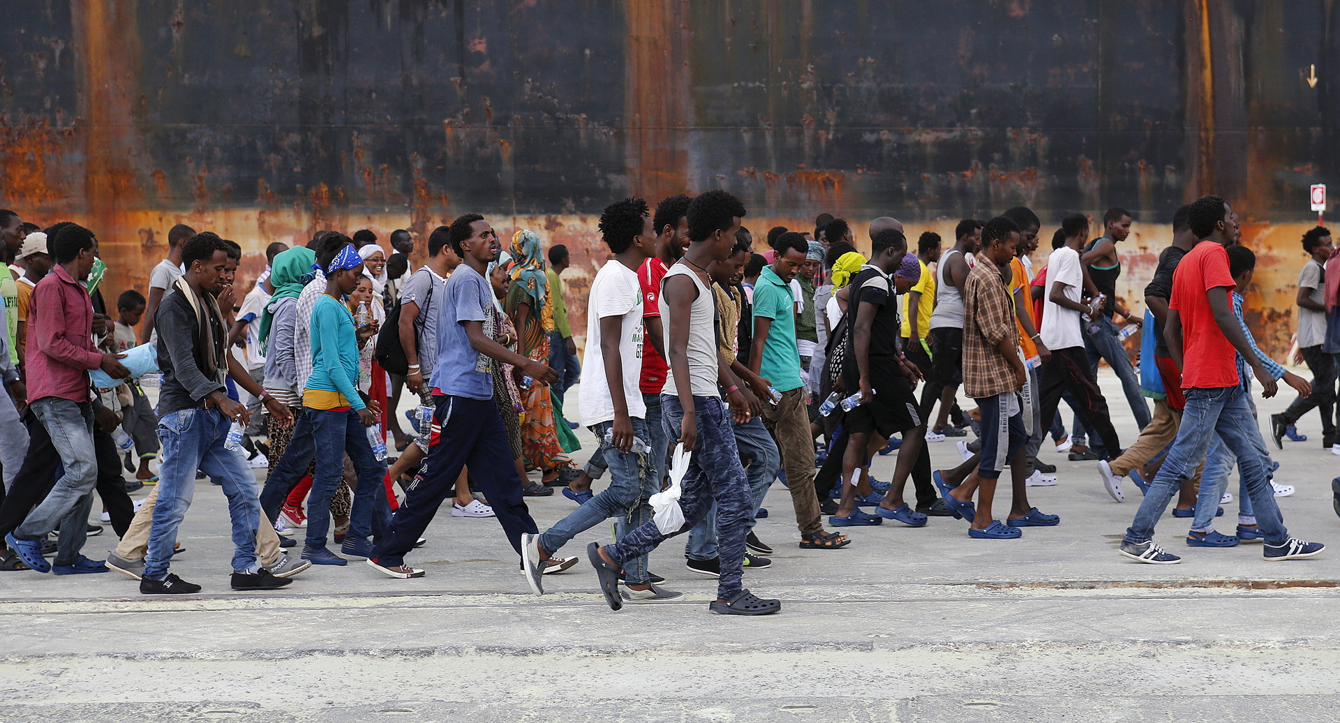 Беженцы из Африки нашли новый путь в Германию