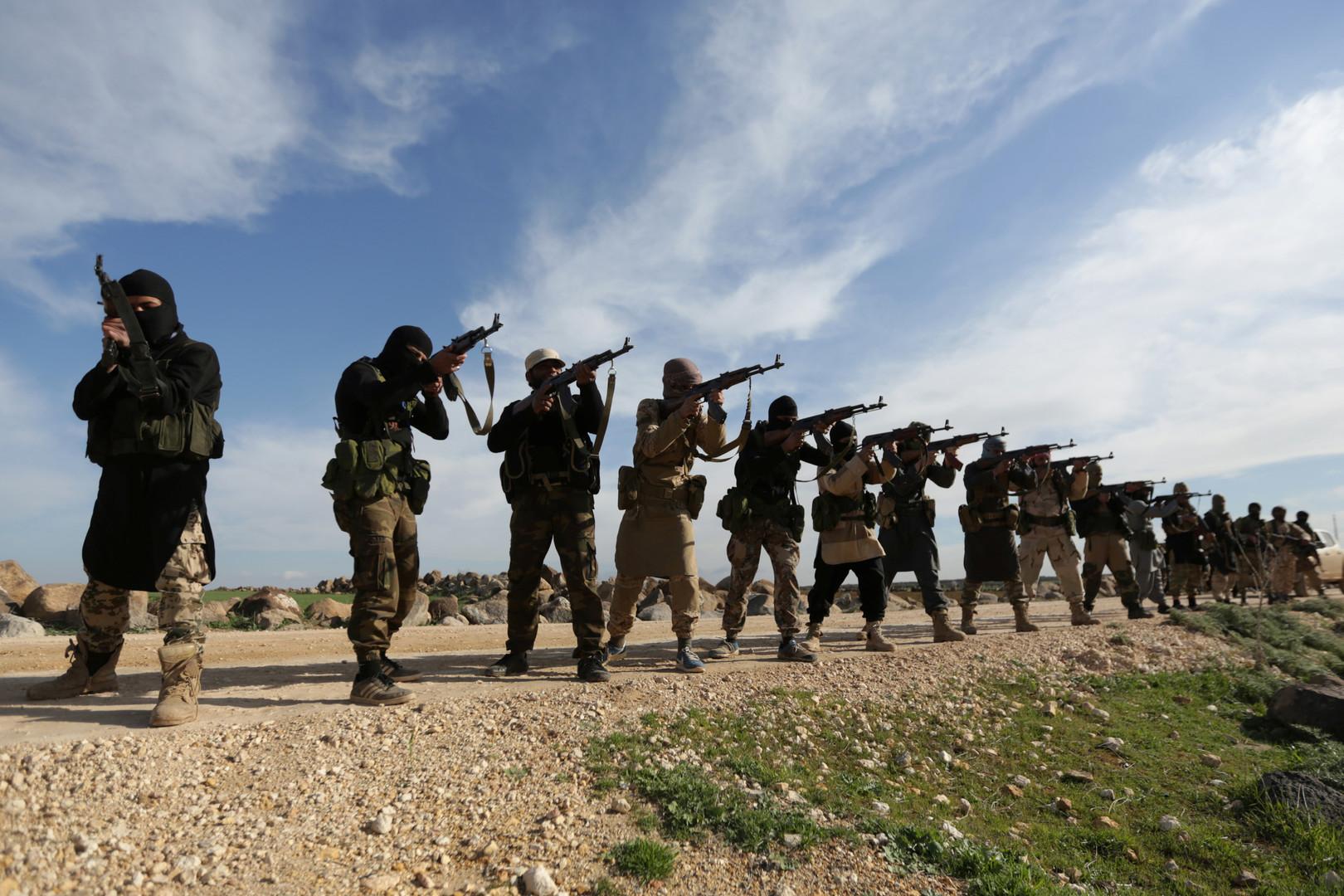 Боевики в помощь: колумнист NYT призвал Трампа сделать ИГ головной болью России и Ирана