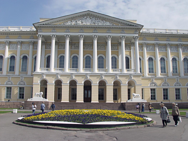 Тест RT ко дню рождения Русского музея: где находится картина?