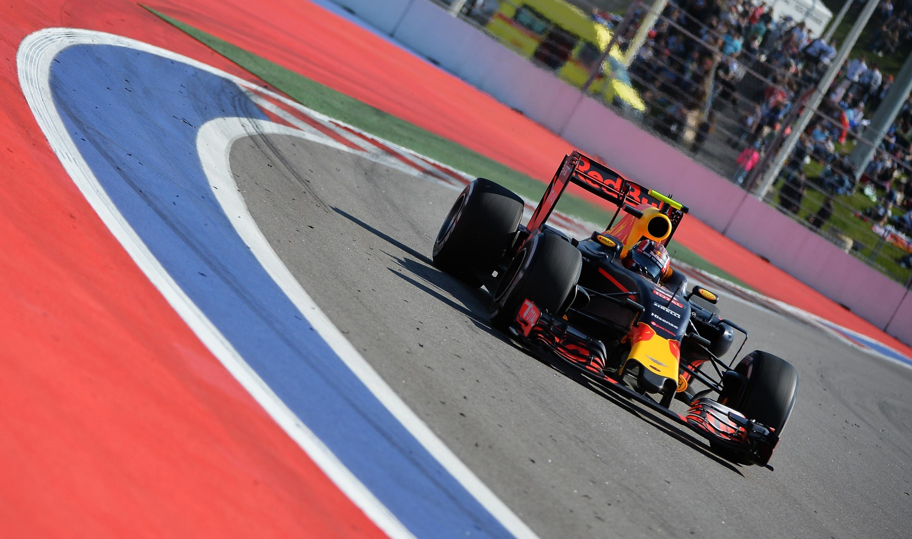 На высоких скоростях: превью четвёртого этапа Гран-при «Формулы-1» в Сочи