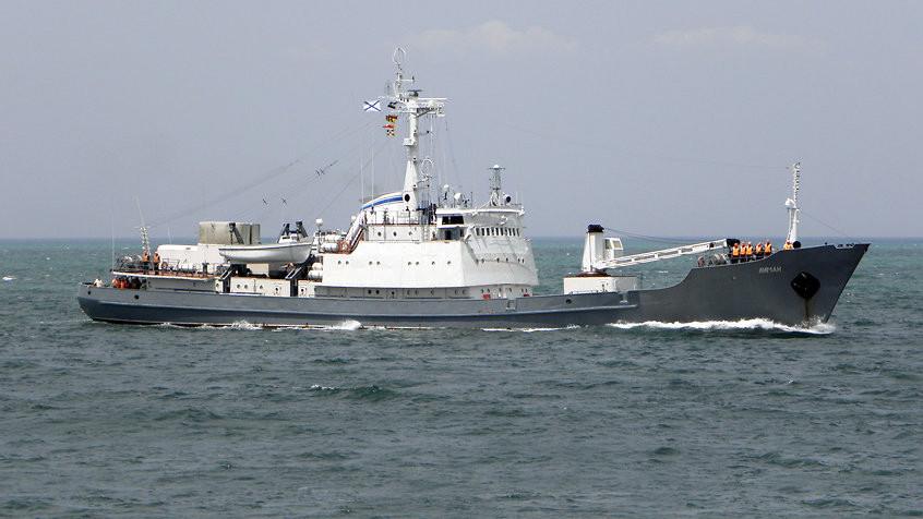 Минобороны: корабль ЧФ столкнулся с судном в Чёрном море