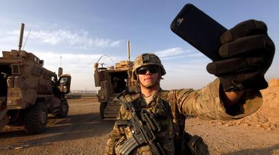 Американский солдат на военной базе США в Ираке