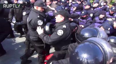 Радикалы попытались сорвать празднование 73-й годовщины освобождения Одессы