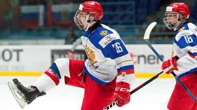 Никита Шашков празднует заброшенную шайбу / Steve Kingsman/HHOF-IIHF Images