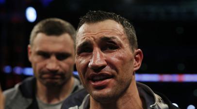Украинский боксёр Владимир Кличко потерпел поражение от британца Энтони Джошуа
