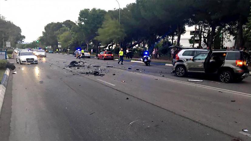 В Марбелье автомобиль въехал в толпу пешеходов, есть пострадавшие