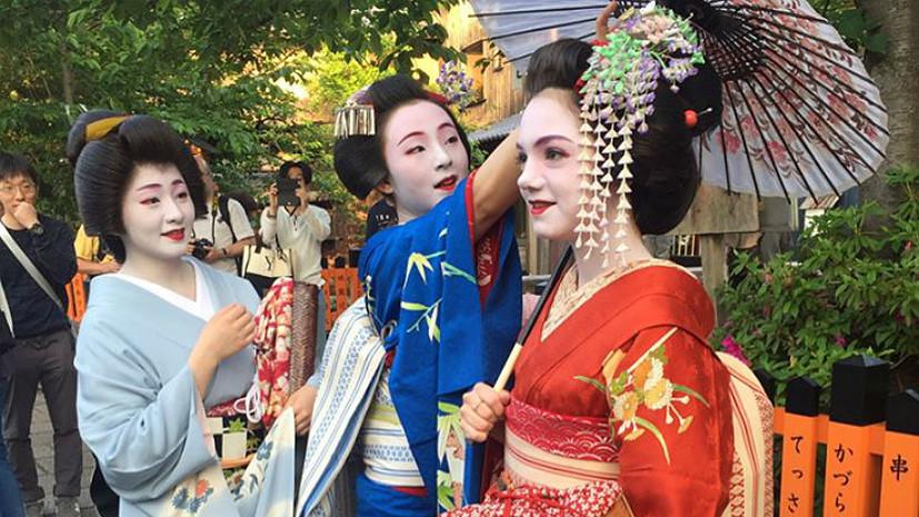 «В Японии меня узнают и относятся с уважением»: фигуристка Медведева — об участии в шоу в образе героини аниме