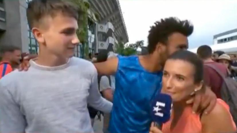 «Если бы не прямой эфир, ударила бы»: журналистка ответила на поцелуй французского теннисиста