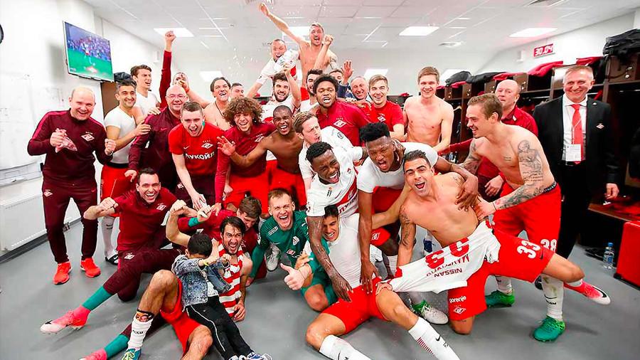 Десятикратные: «Спартак» впервые за 16 лет стал чемпионом России по футболу