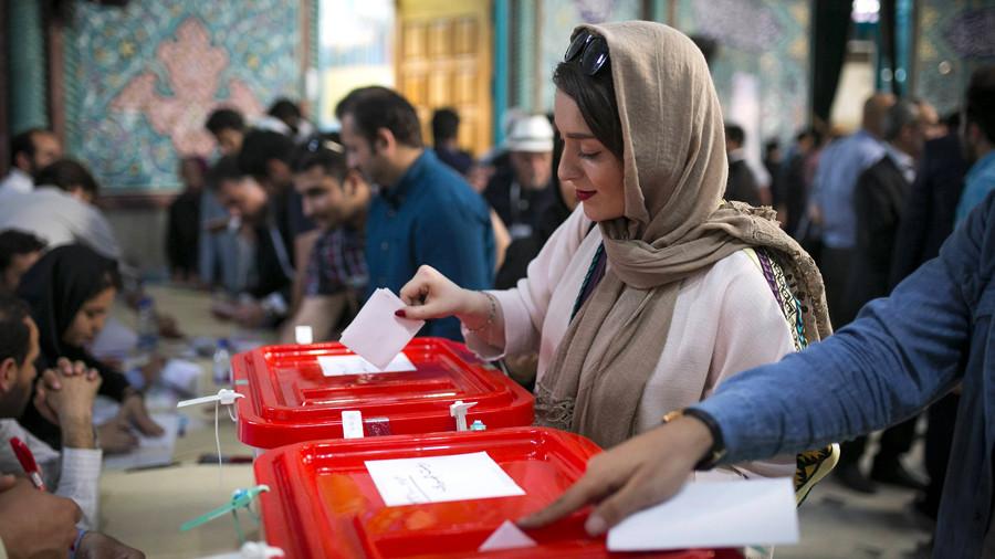 Иран за прежний курс: Роухани лидирует на президентских выборах