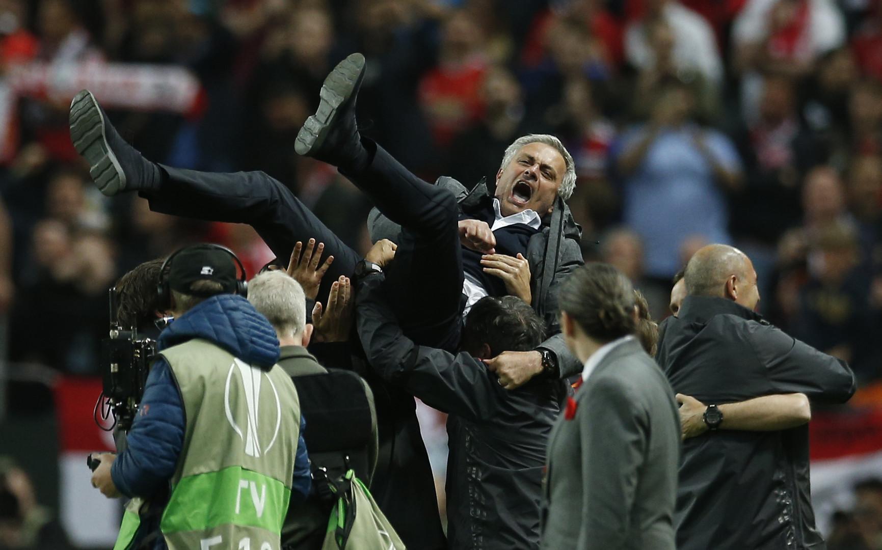 Трофей с бонусом: «Манчестер Юнайтед» выиграл Лигу Европы и пробился в ЛЧ