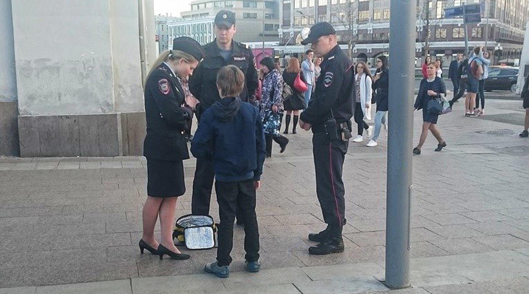 В Кремле прокомментировали задержание полицией мальчика в центре Москвы