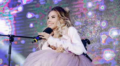 Выступление  Юлии Самойловой на открытии юбилейного 25-го областного фестиваля студенческого творчества «Студенческая весна — 2017» в Туле