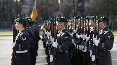 Пересмотр системы: власти ФРГ борются с радикальными настроениями в рядах военнослужащих