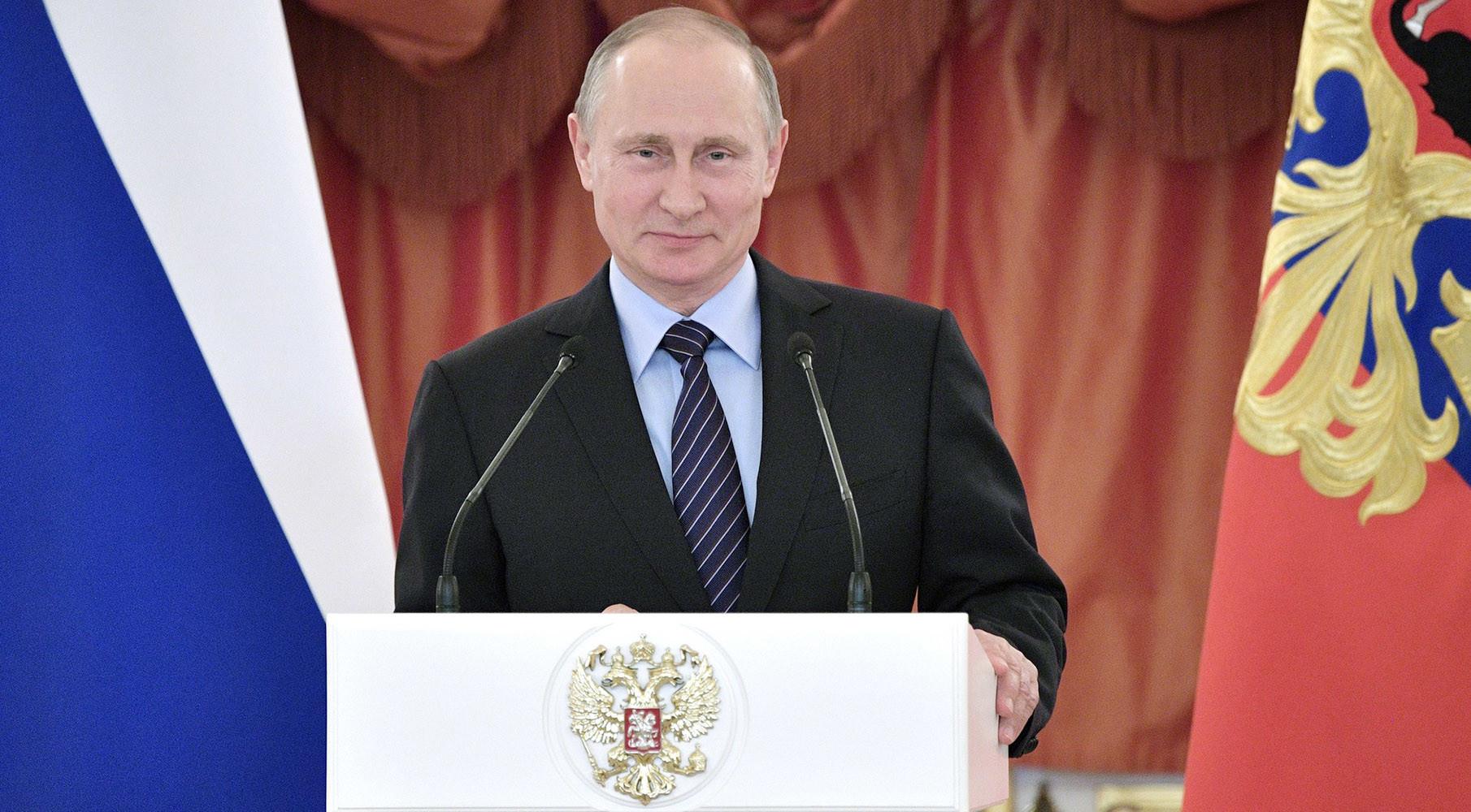 Зачем нужна церемония получения гражданства России