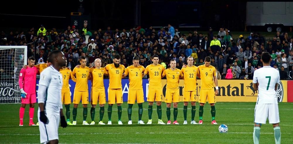 «Это позор»: футболистов Саудовской Аравии раскритиковали за нежелание почтить память жертв теракта