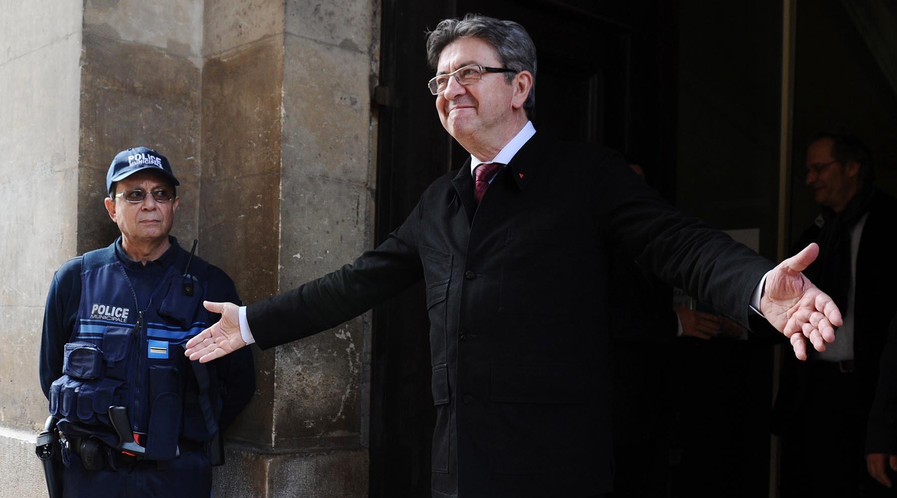 Сумеет ли движение Макрона выиграть парламентские выборы