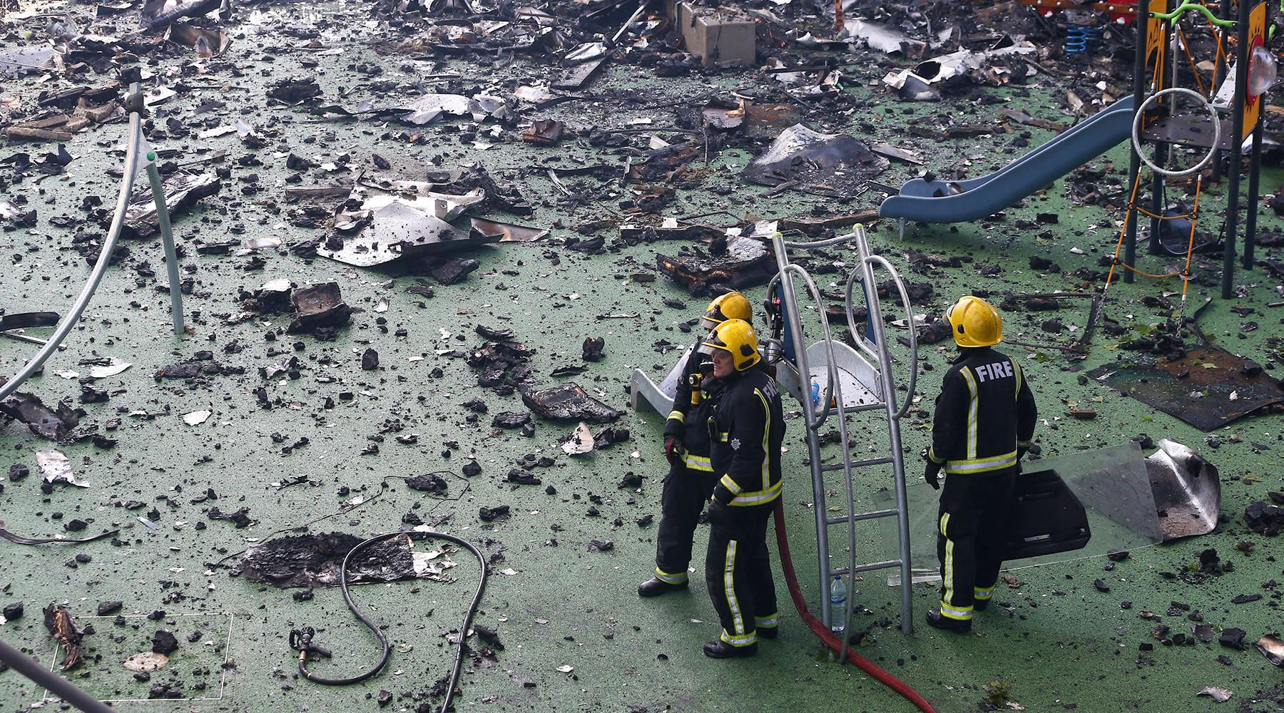 Двадцать четыре этажа огня: в Лондоне после мощного пожара в жилой многоэтажке ищут пропавших без вести