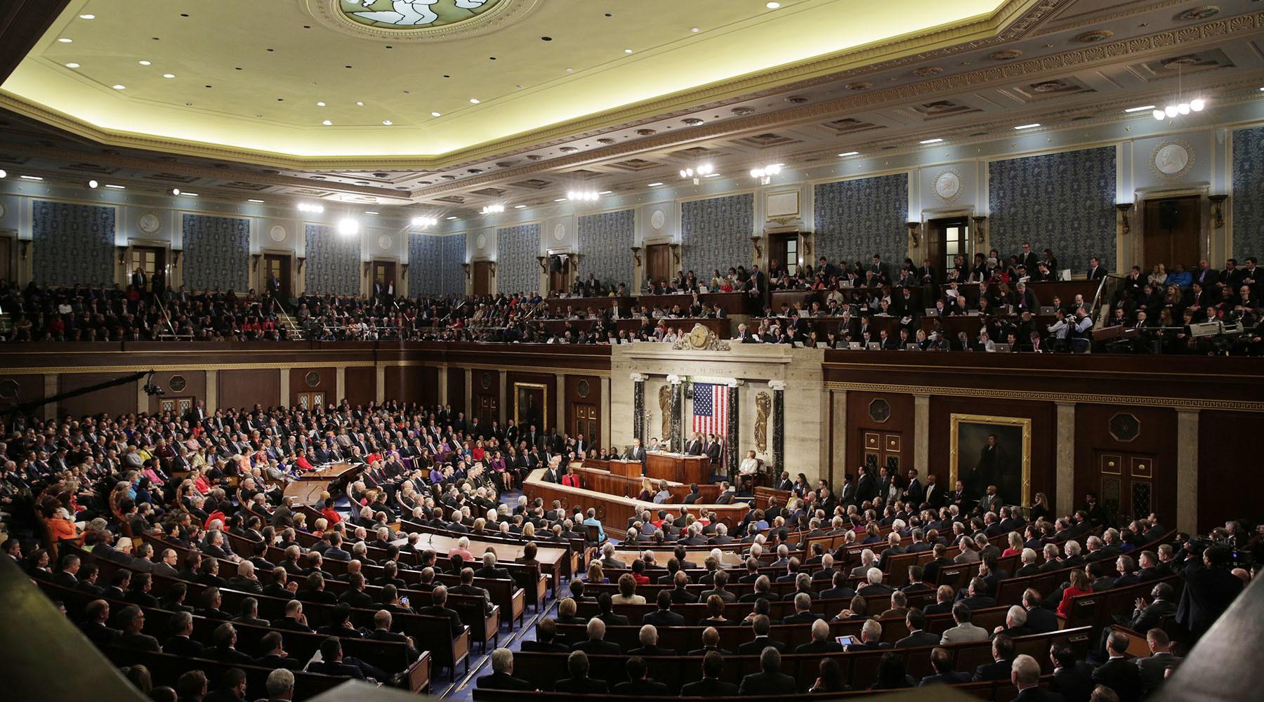 «Санкционное пике»: сенат США одобрил расширение ограничительных мер против России