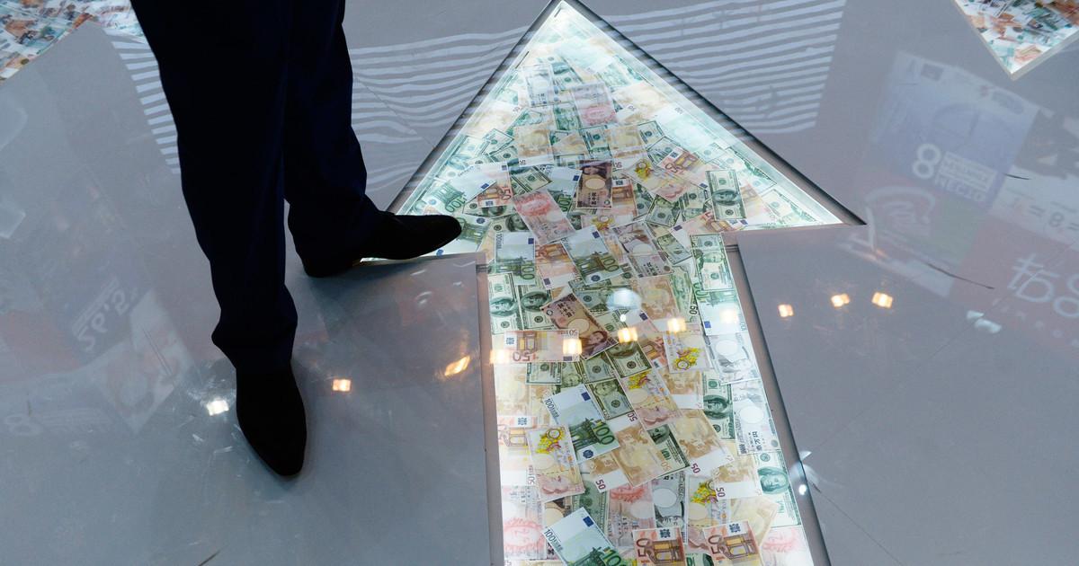 Шок извне: почему курс доллара достиг 60 рублей
