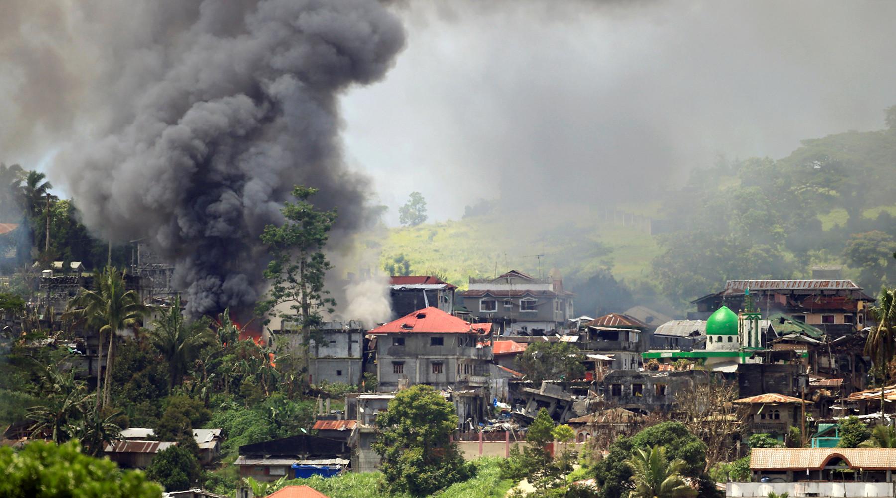 США принимают участие в войне на Филиппинах »