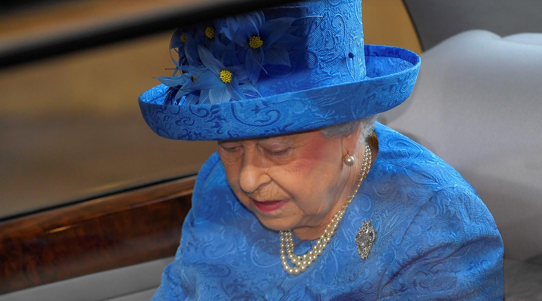 Королева говорит: Елизавета II выступила с речью о приоритетах Британии на ближайшие два года