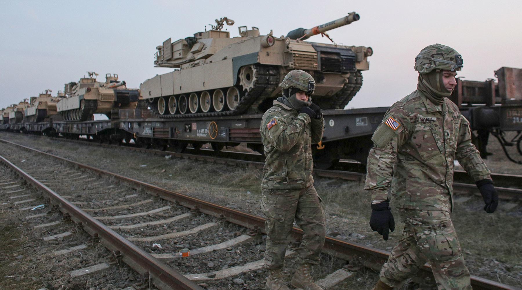 США хотят заставить «противников» увеличить расходы на вооружение»