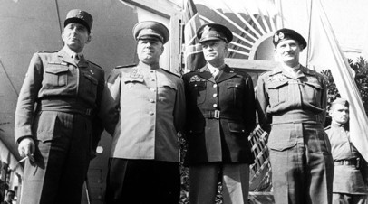 Маршал Советского Союза Георгий Жуков, генерал Дуайт Дэвид Эйзенхауэр, фельдмаршал Бернард Лоу Монтгомери, генерал Жан Мари де Латр де Тассиньи.