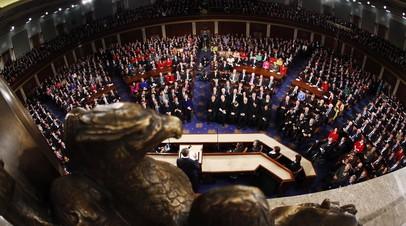 «Демократия по-американски»: как власти США оказывают давление на RT и Sputnik