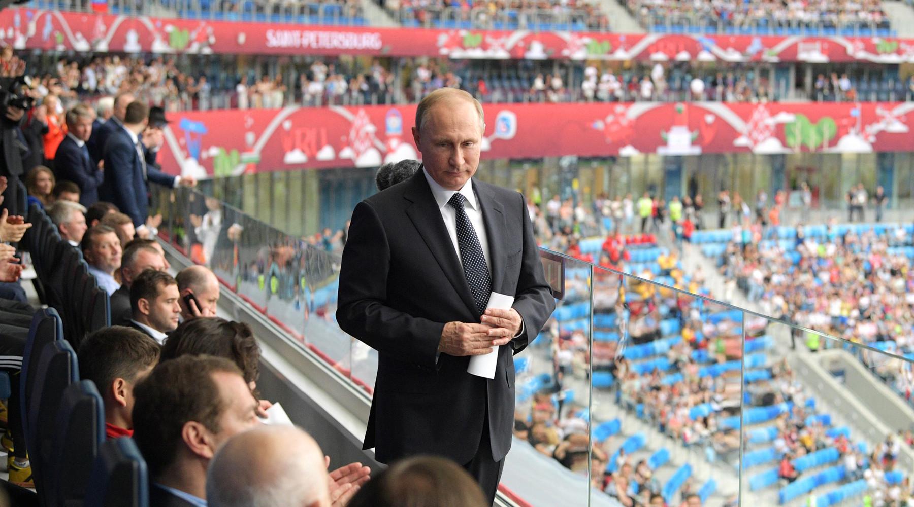 Финал без Путина, 55-летний вратарь вместо Акинфеева и немцы в Петербурге: итоги 15-го дня Кубка конфедераций