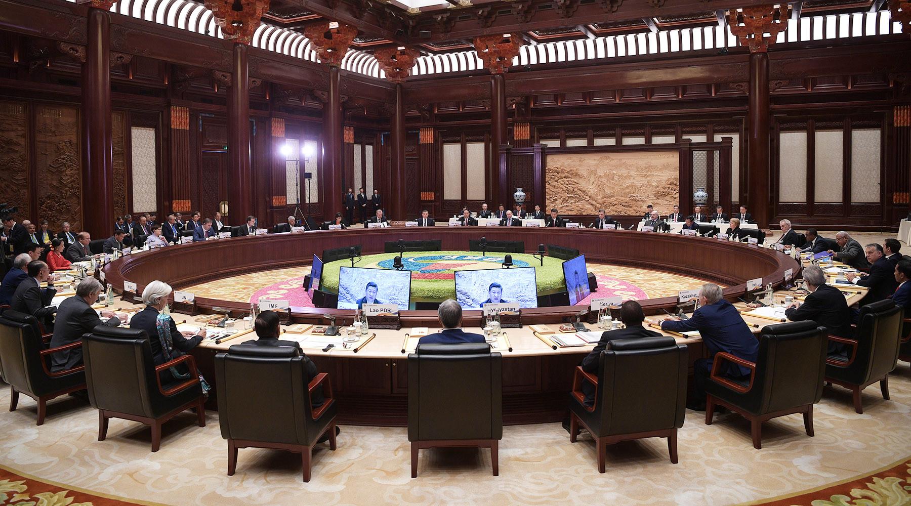 Заглянул к другу:  Зачем Си Цзиньпин встречается с Путиным накануне саммита G-20