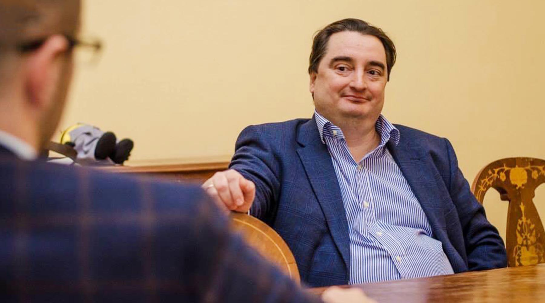 «Хотелось бы убедить сменить риторику»: в администрации Порошенко рассказали RT о преследовании главреда «СТРАНА.ua»